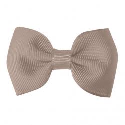 "818-CGC-04 Заколка-зажим ""Bowtie Bow"" маленькая, коллекция ""Classic Grosgrain"" бежевая, фото"