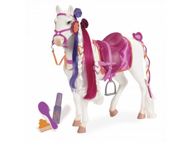 """Лошадь породы """"Камарилло"""" с длинной гривой, фото"""