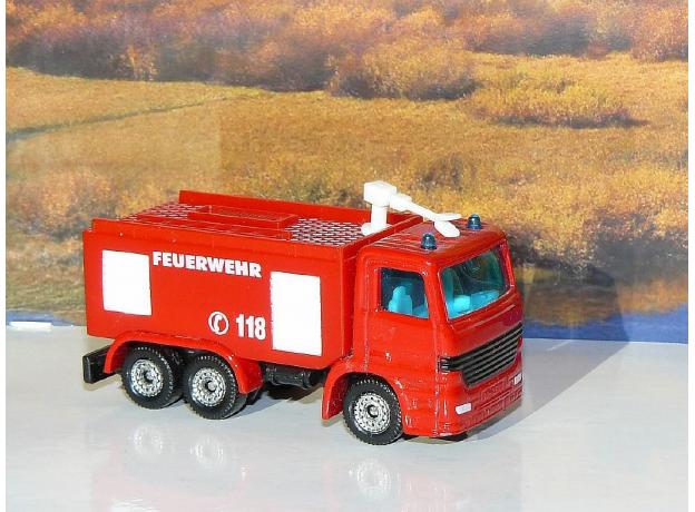 SIKU Пожарная машина 1034, фото , изображение 3