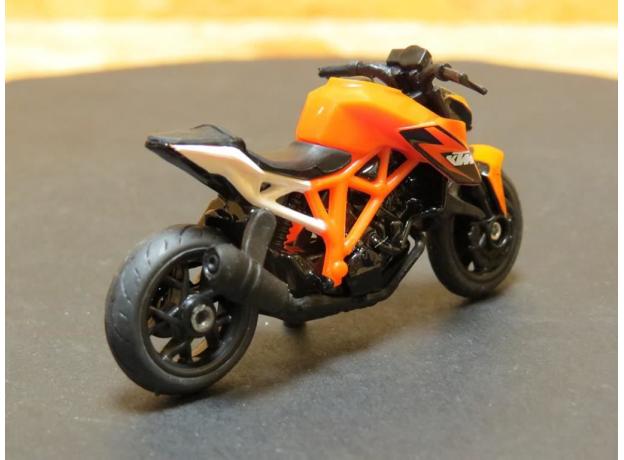 SIKU Мотоцикл спортивный KTM 1384, фото , изображение 4