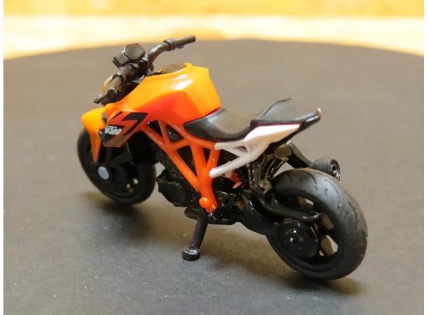 SIKU Мотоцикл спортивный KTM 1384, фото , изображение 5